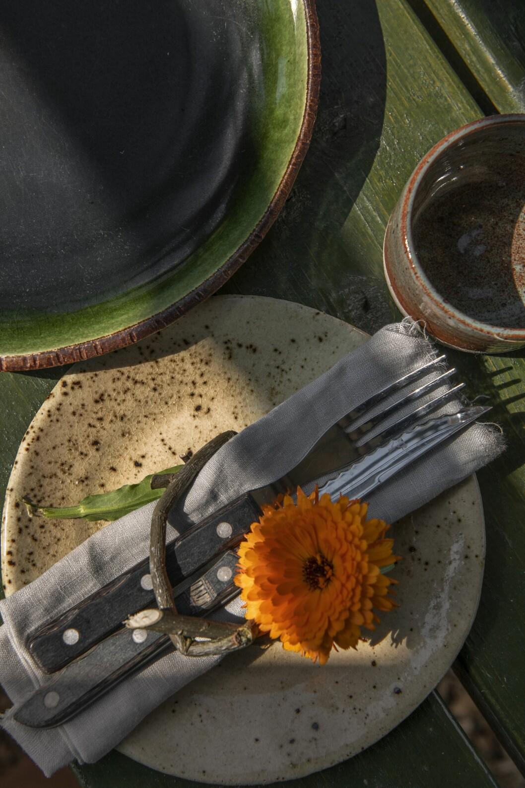 Keramik av Studio Osprey som drivs av Ina M Andersson.