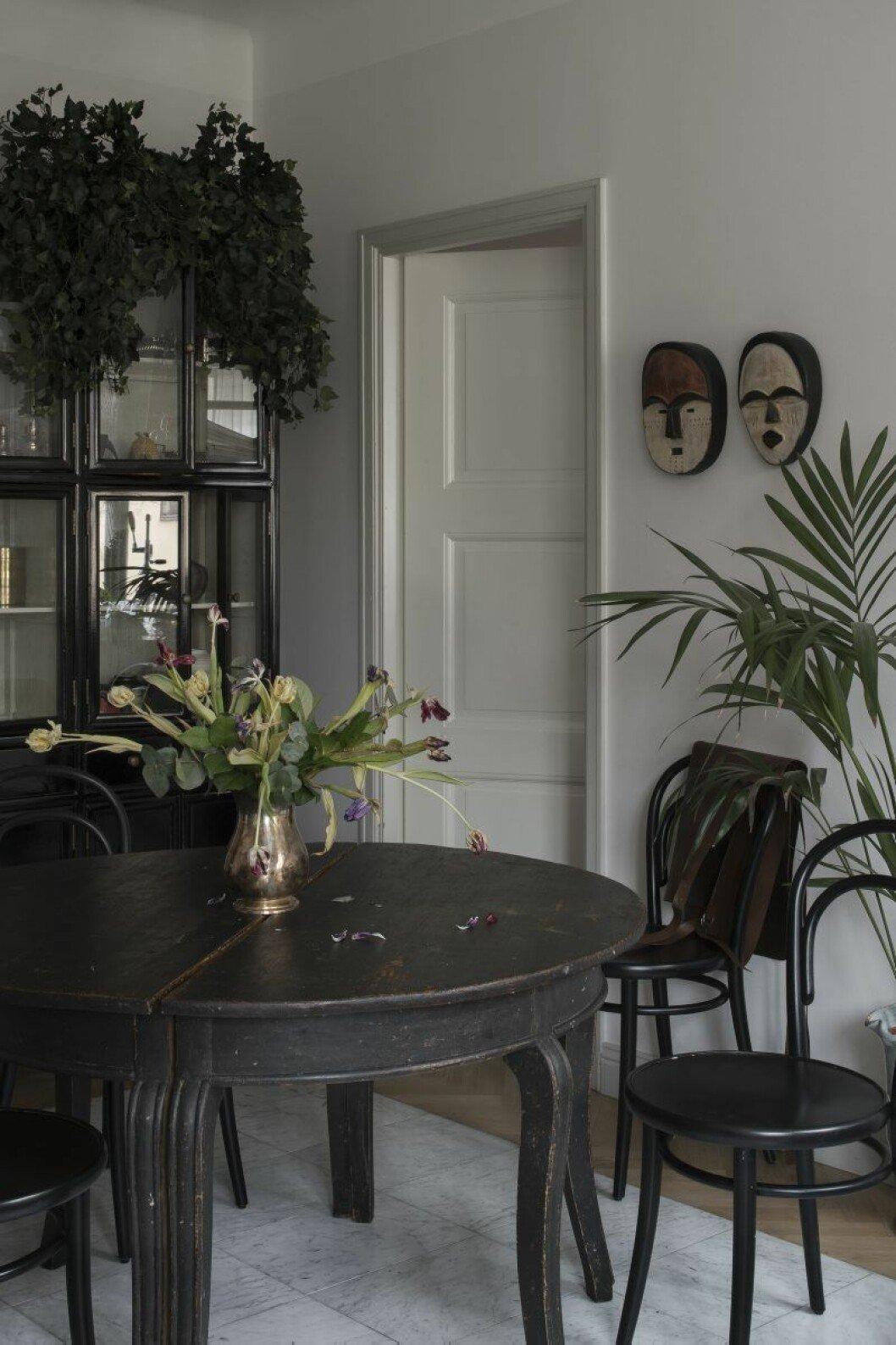 Matbord från Garbo interiör hemma hos Anitha Clemens