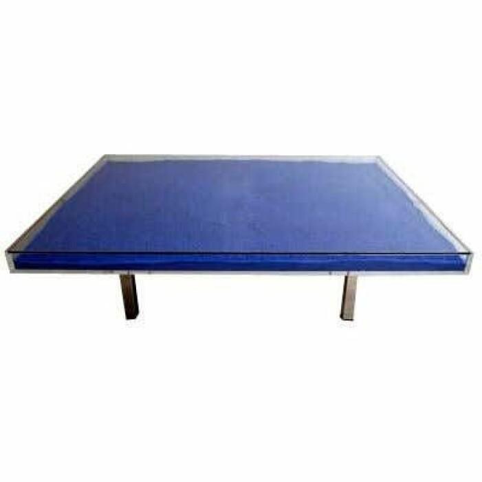 Table IKB av Yves Klein