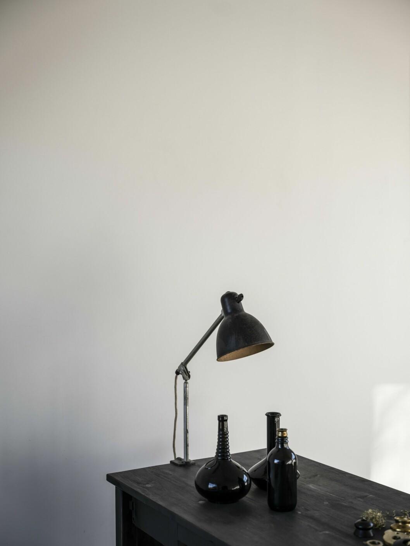 Lampa från Lampe Gras av uppfinnaren Bernard-Albin Gras (1886–1943).