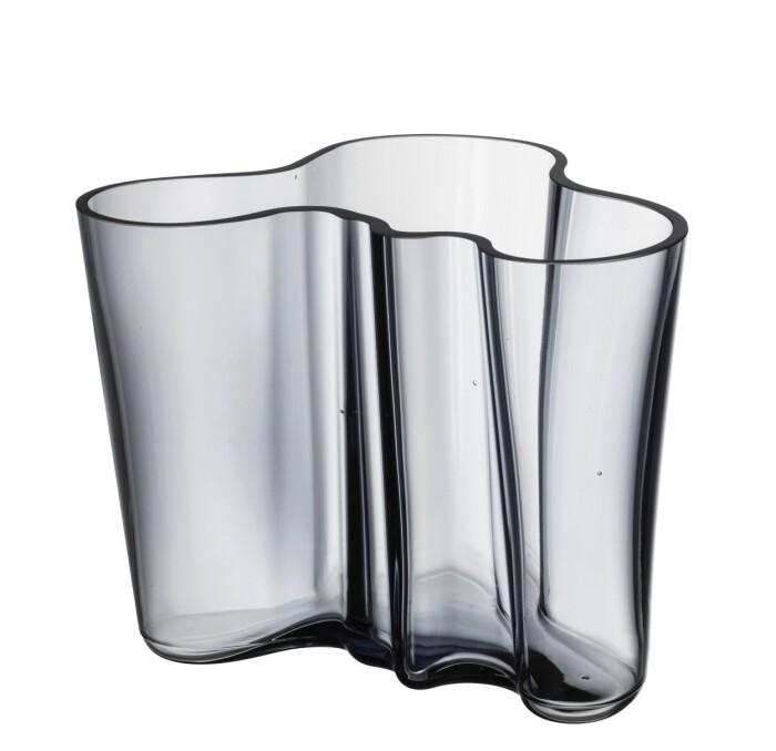 aalto-vas i återvunnet glas