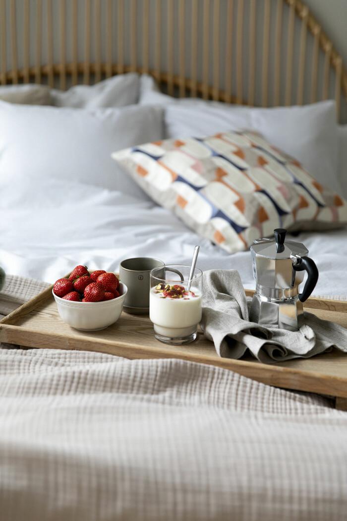 frukost på sängen hos åhléns
