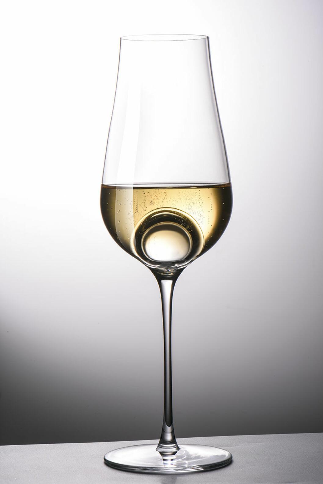 AIR-SENSE-champagne