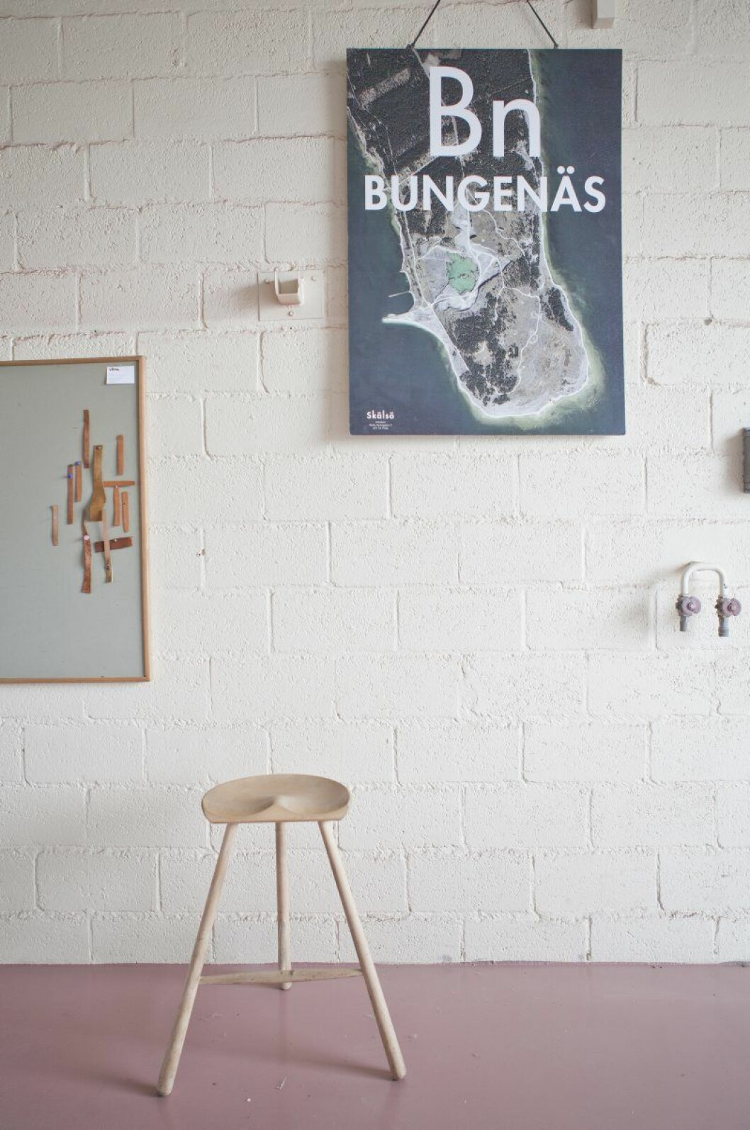 Allting började med Bungenäs, det före detta militärområdet och kalkbrottet där grundarna Erik och Joel flera år brutit sig in på för att surfa.