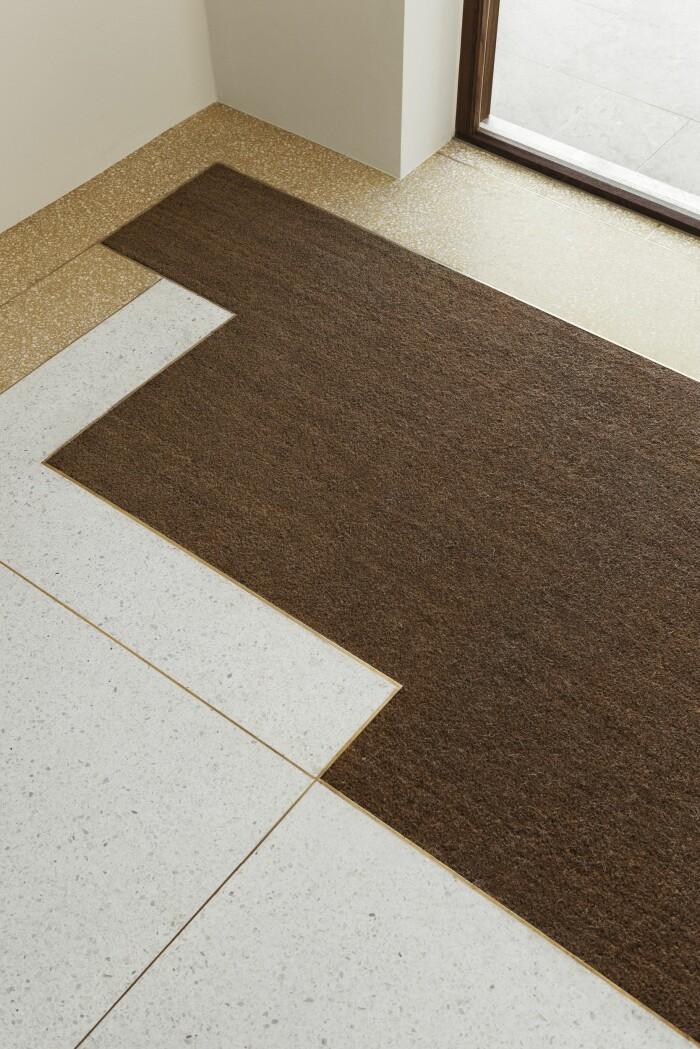 Villan i Ålsten arkitekt Per Söderberg golv plattor matta