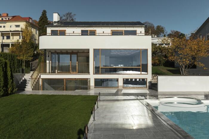 Villan i Ålsten arkitekt Per Söderberg tre våningar pool