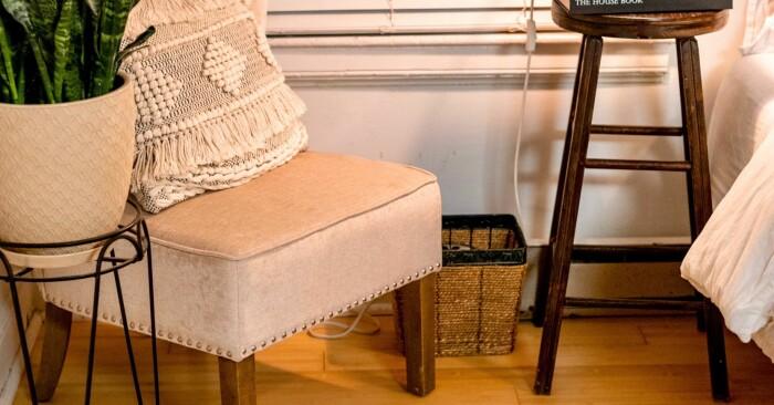 Vacker stol pall inredning