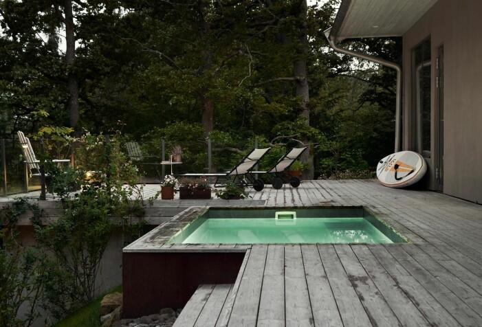 Arkitektritad lyxvilla i Saltsjö-Boo utanför Stockholm, pool