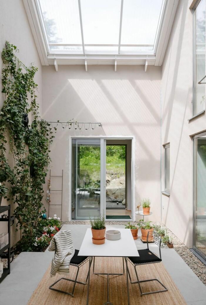 Arkitektritad lyxvilla i Saltsjö-Boo utanför Stockholm, uterum