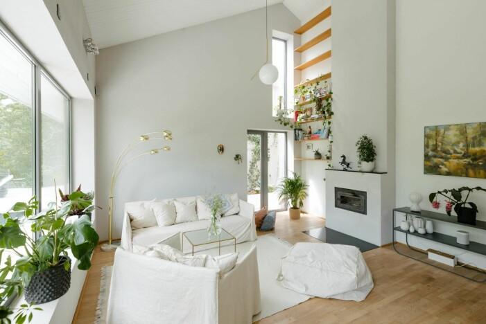 Arkitektritad lyxvilla i Saltsjö-Boo utanför Stockholm, vardagsrum