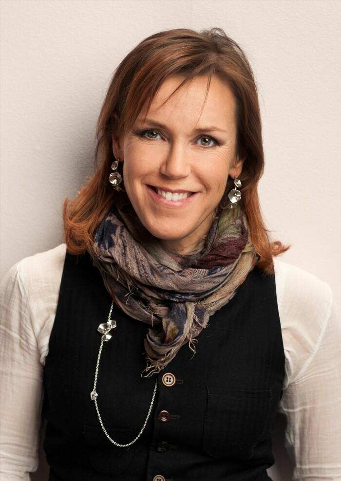 Åsa Larsson författare säljer sitt hus i Mariefred