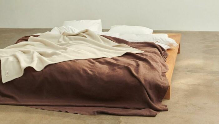 Så skapar du ett avkopplande sovrum, jordiga färger