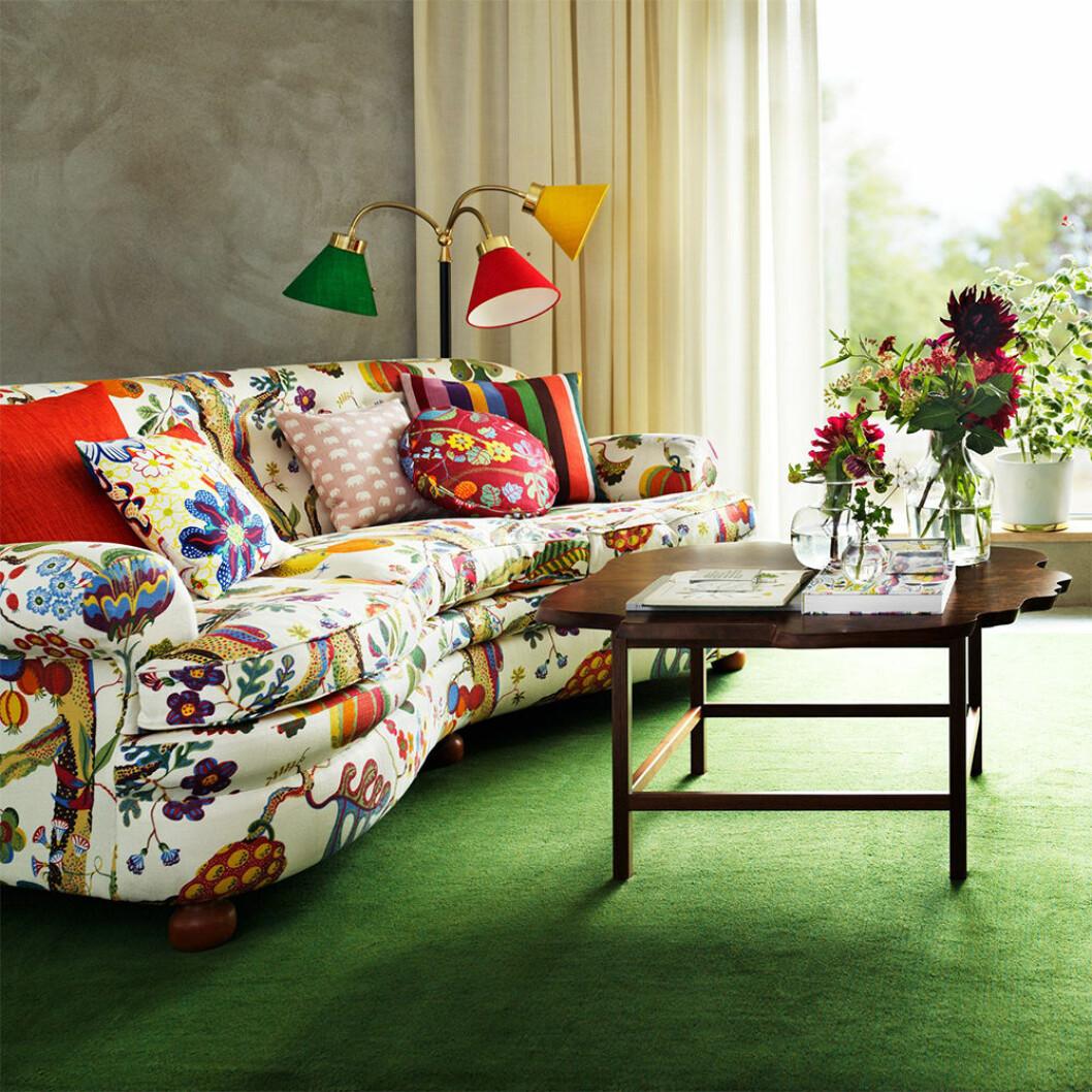 Blommig soffa från Svenskt Tenn