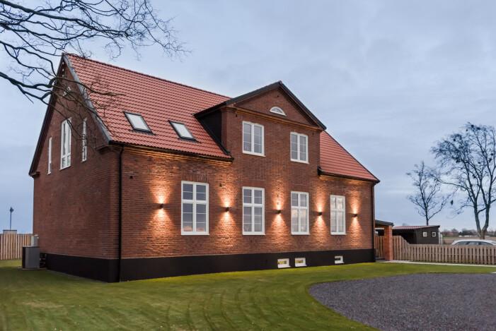 Brönnestad ombyggda skola på Söderslätt