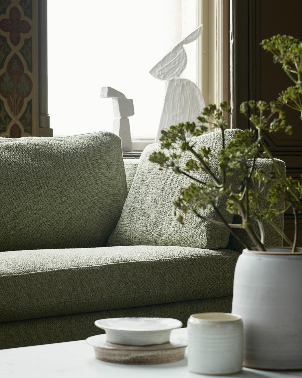 Klä om IKE-soffan i Bemz taktila tyger.