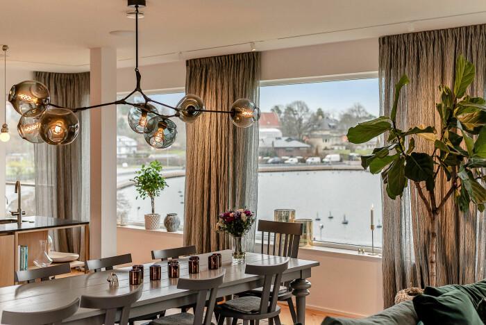 Kök i villa som är till salu i Djursholm