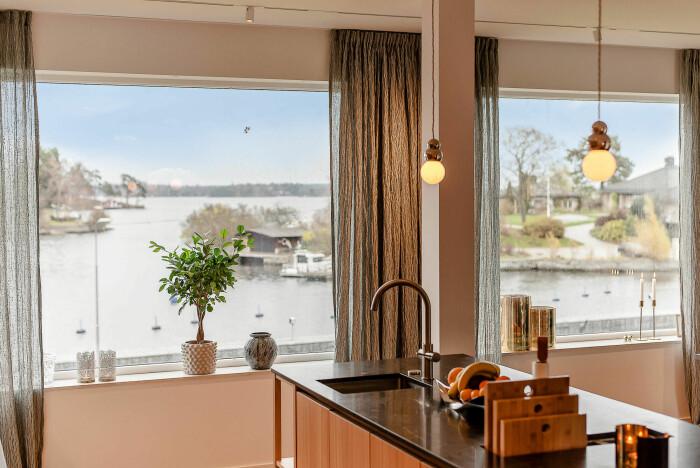 Utsikt från villa som är till salu i Djursholm