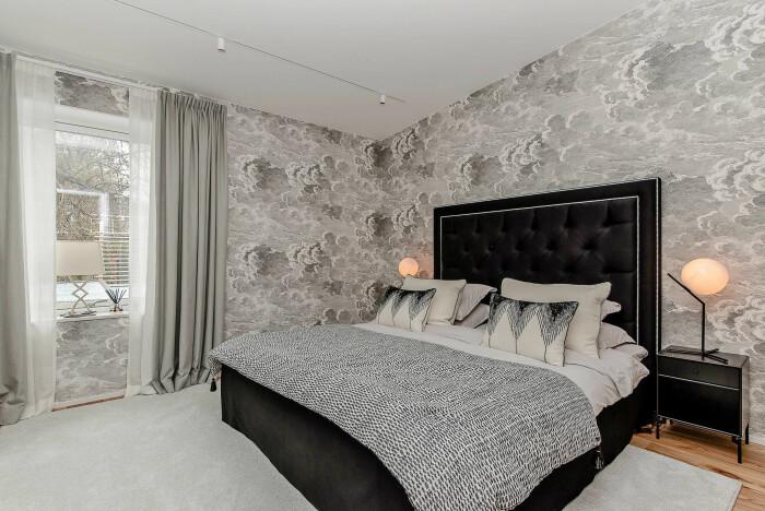 Sovrum i dyraste i villan på hemnet