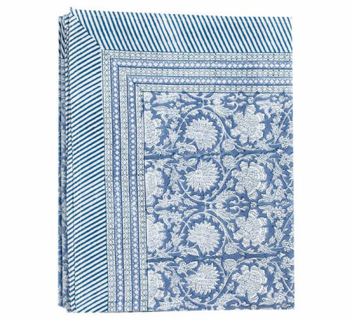 blå mönstrad duk