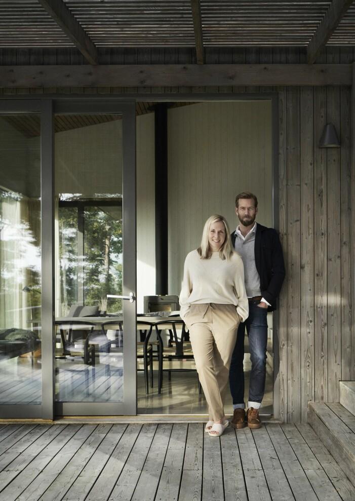 Kika in i Malin och Andreas sommarhus på Gotland