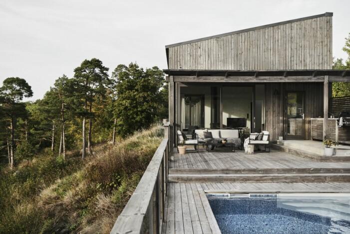 Sommarhus på Gotland ritat av M Arkitektur inspirerat av Sea Ranch i Kalifornien