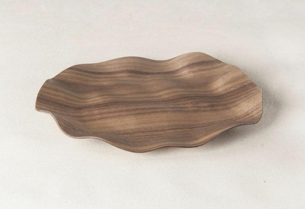 Fat i trä med vacker form från Pleatform