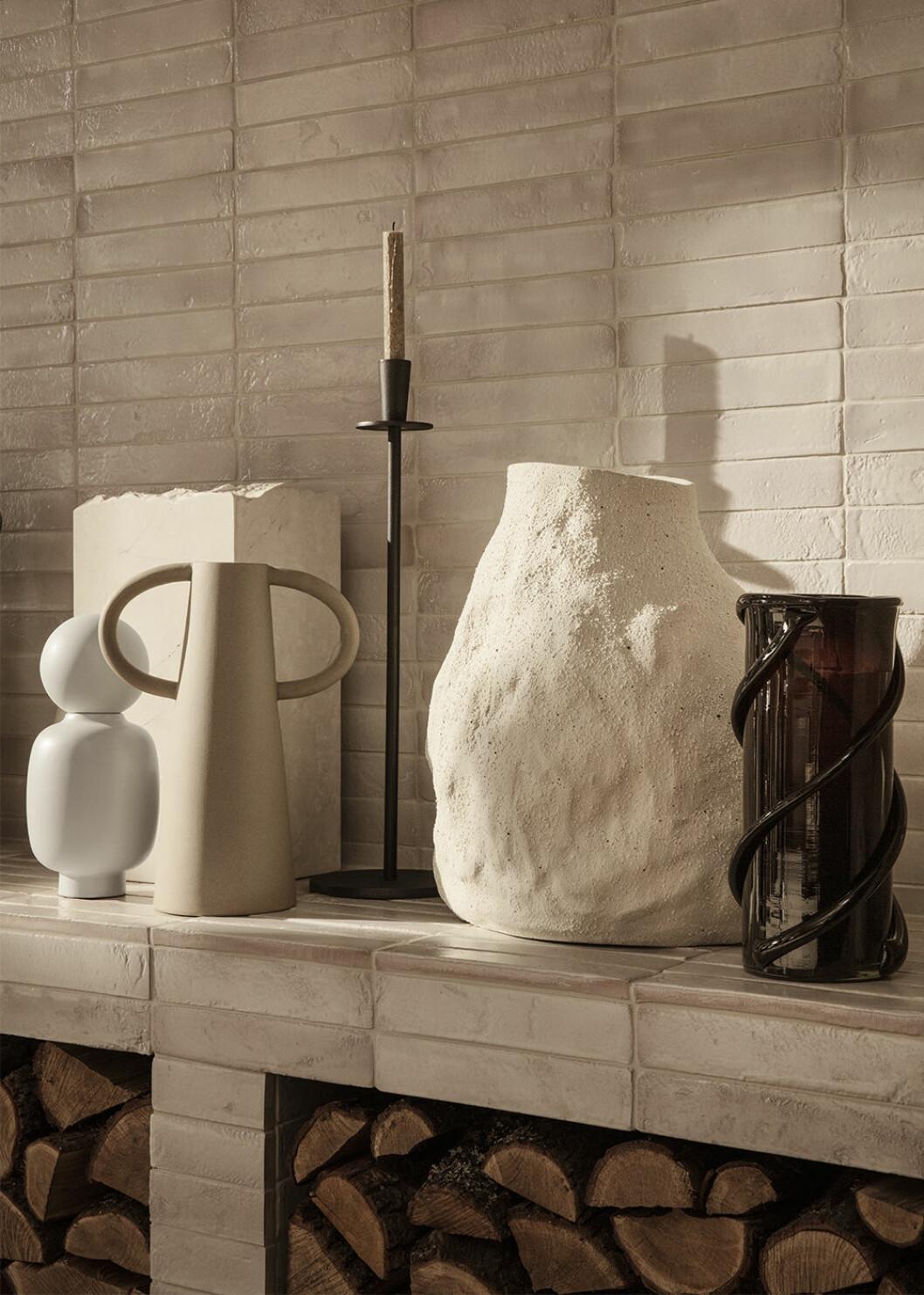 Keramik i organiska former från Ferm Living 2020