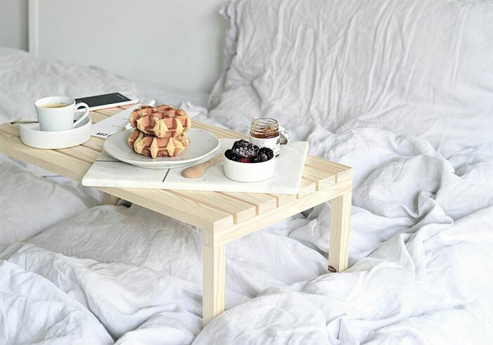 Så enkelt gör du en snygg frukostbricka i trä
