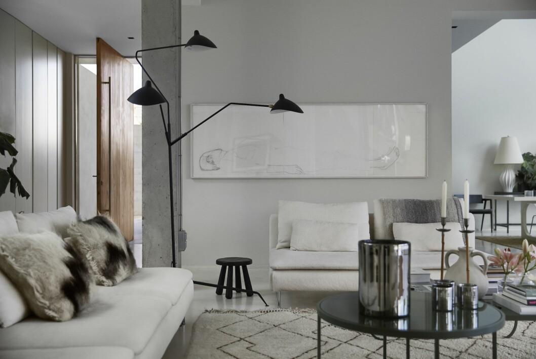 Vardagsrum hemma hos Charlotte Gyllenhammar på Ibiza.
