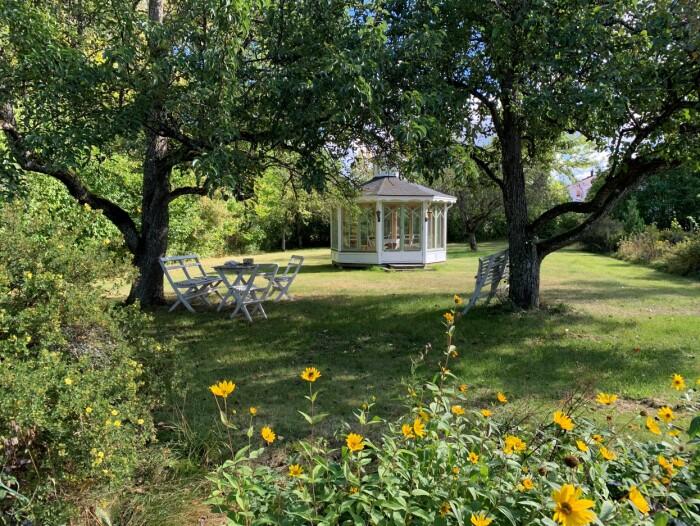 Lusthuset i trädgården vid Glasberga säteri