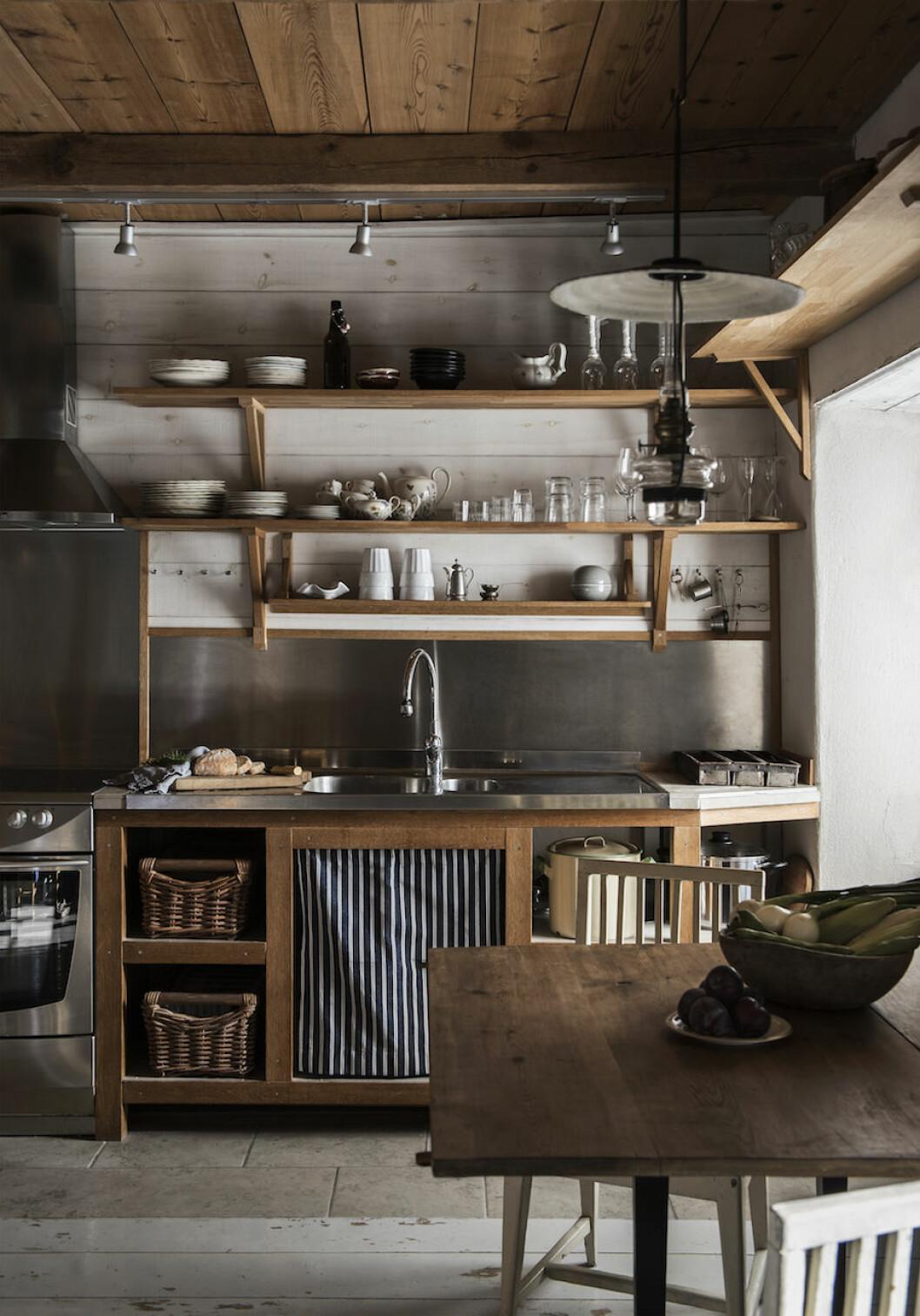 Köket hemma hos Johan Lindskog och Joanna Sundström på Gotland.