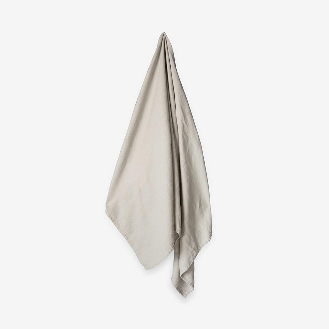 ljusgrå handduk från granit i linne