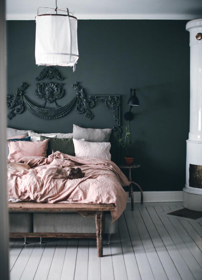 diy-sänggavel av lister