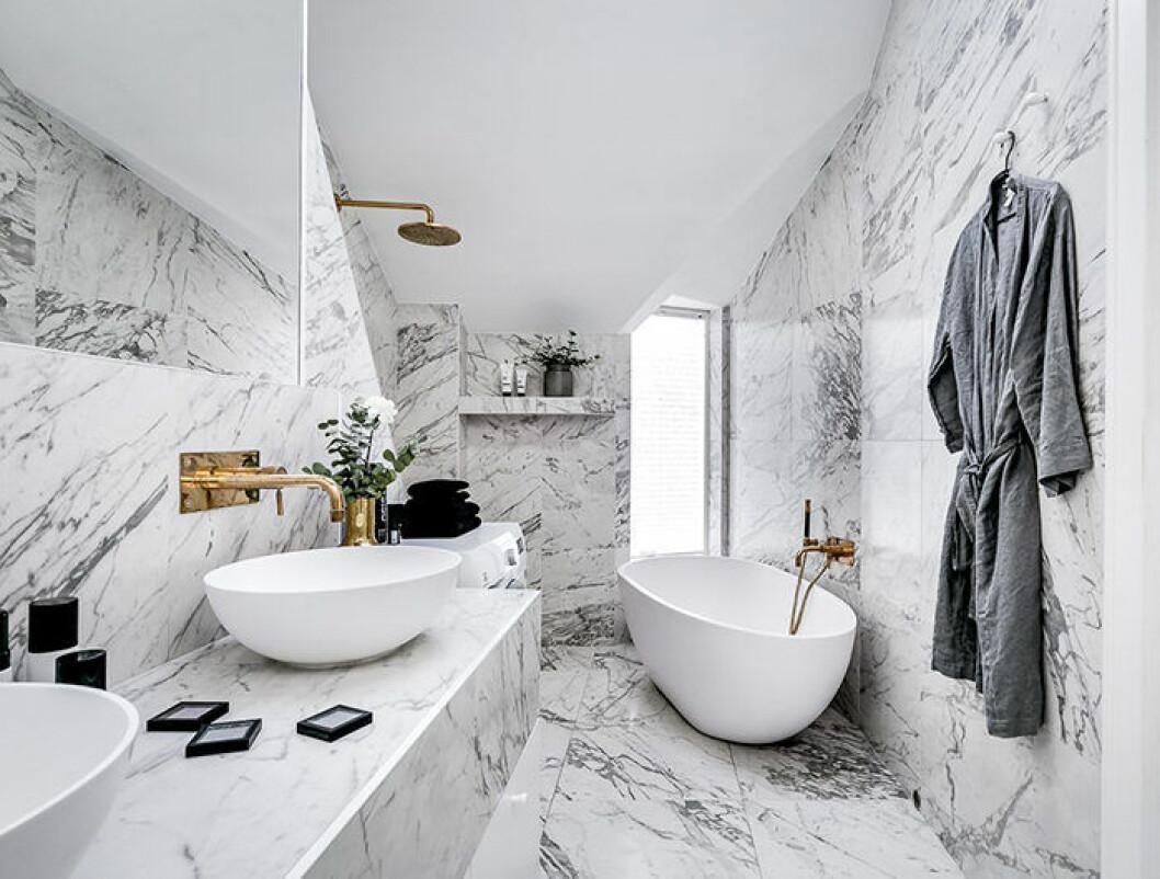 Fristående badkar med hotellkänsla