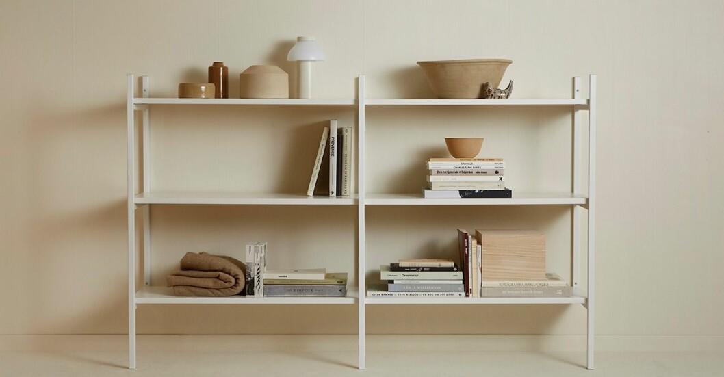 Hyllsystem tar över i våra hem – kombinerar skönhet och funktion.