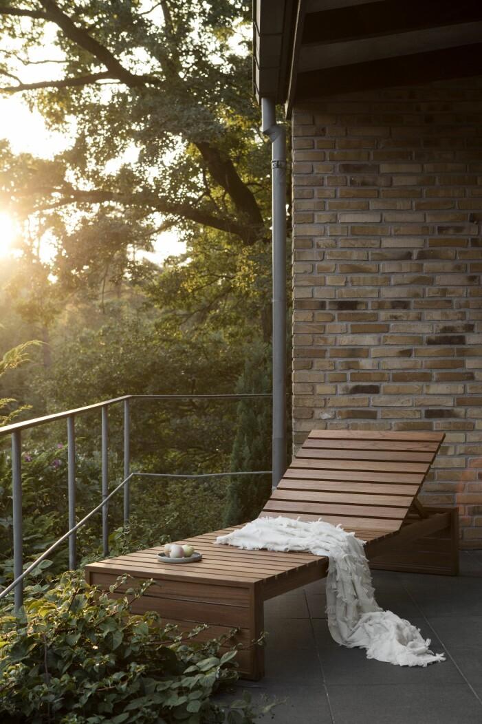 Solsäng på veranda