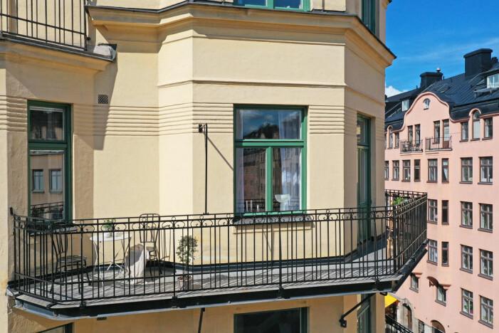 Jahrhundertwendewohnung mit herrlichem Eckbalkon zu verkaufen