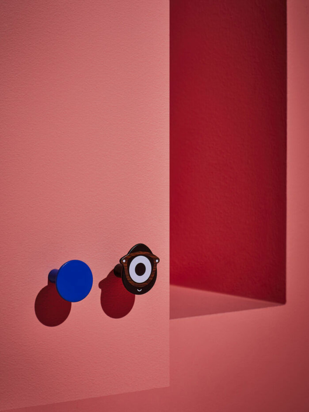 Hängare från Ikeas designsamarbete med Craig Redman och Sarah Andelman