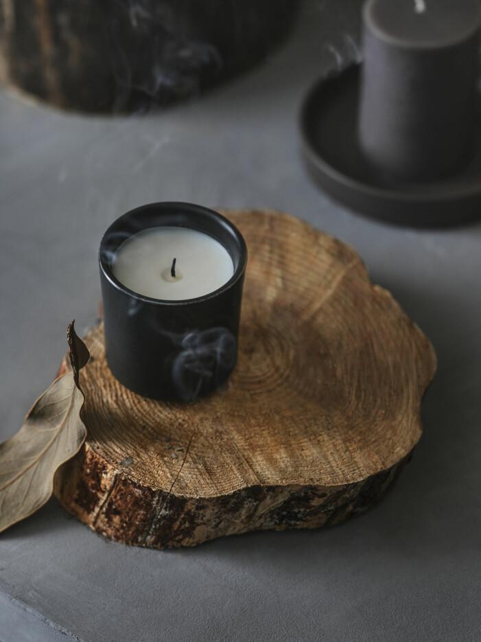 Die neue Zusammenarbeit zwischen Ikea und Ilse Crawford bringt jetzt Duftkerzen und Kerzenständer heraus
