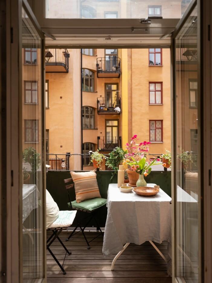 Så inreder du balkongen stilrent, lekfulla detaljer