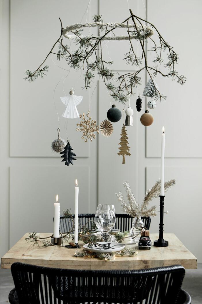Inred med jul, pappersdekorationer