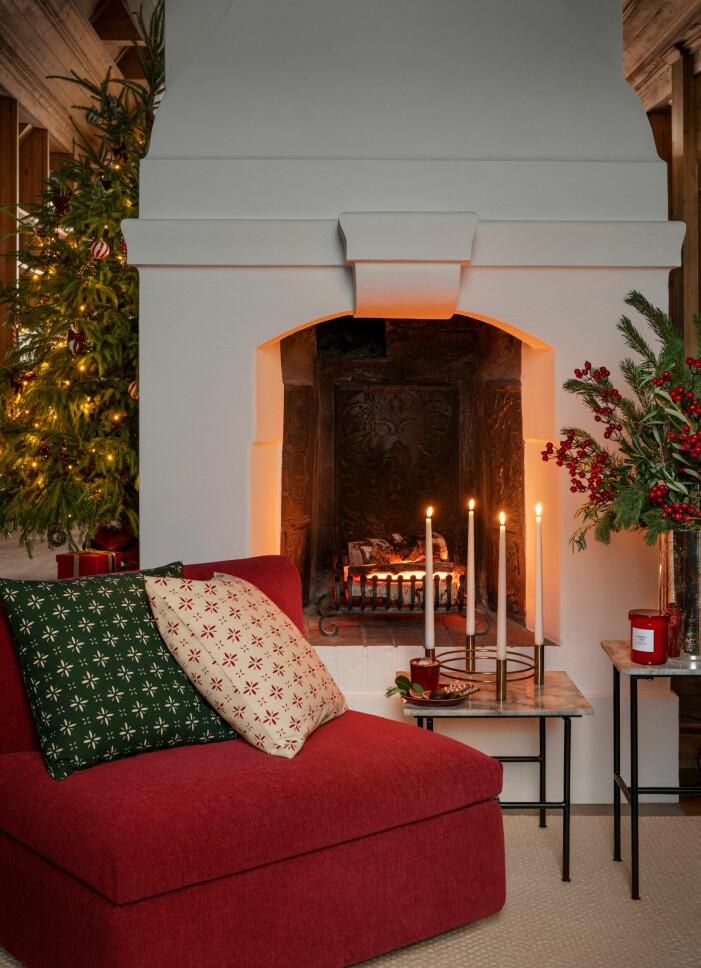 Julen på H&M Home 2021, grön kudde