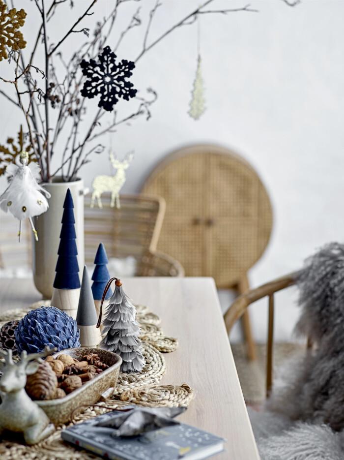 blå juldekorationer
