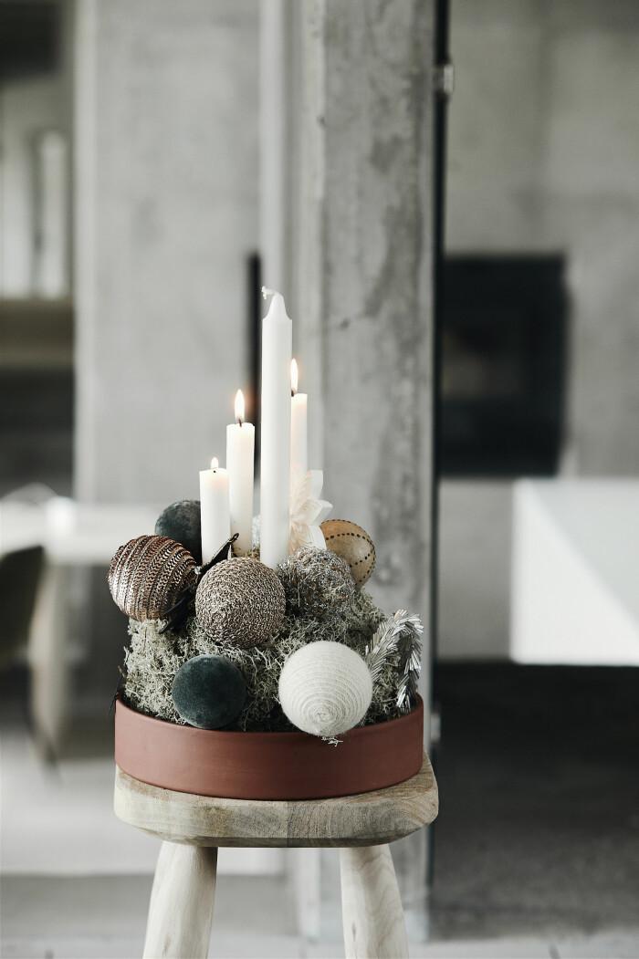 Julstilleben med ljus