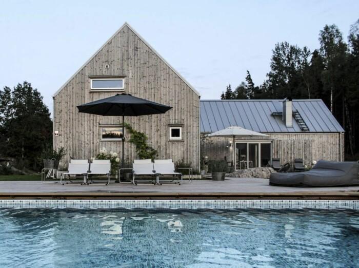 Karin Boo Wiklanders hus med pool i Lerum