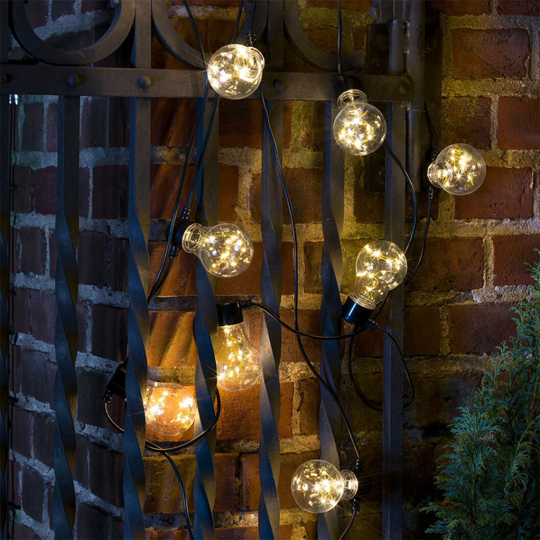 ljusslinga med varmt ljus från granit