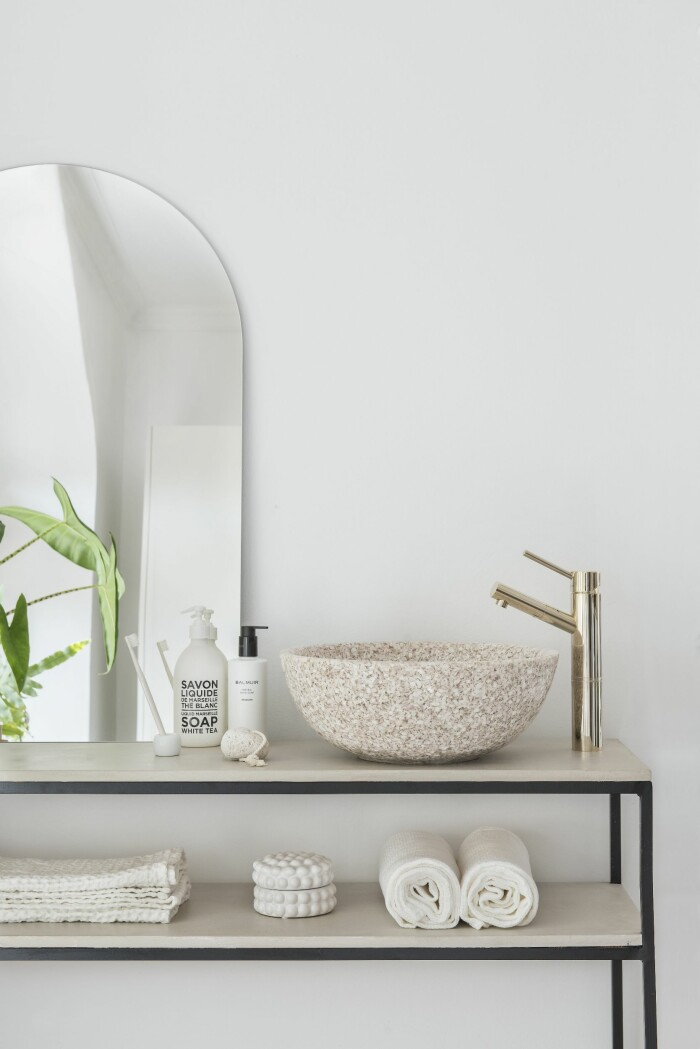 minimalistiskt badrum från woodio