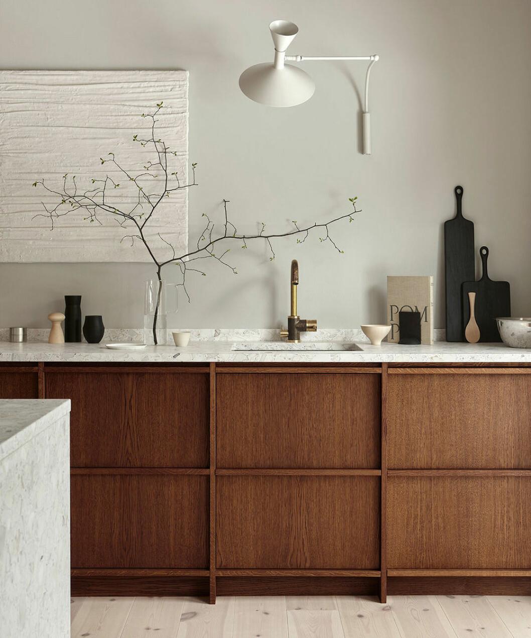Träkök med fina detaljer från Nordiska Kök