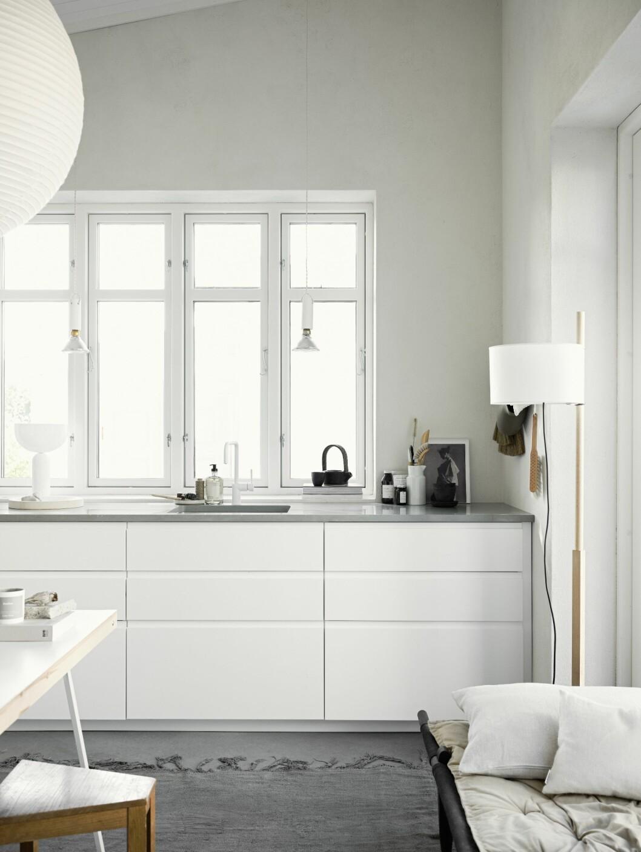 Kök från IKEA med bänkskiva från Silestone Cygnus.