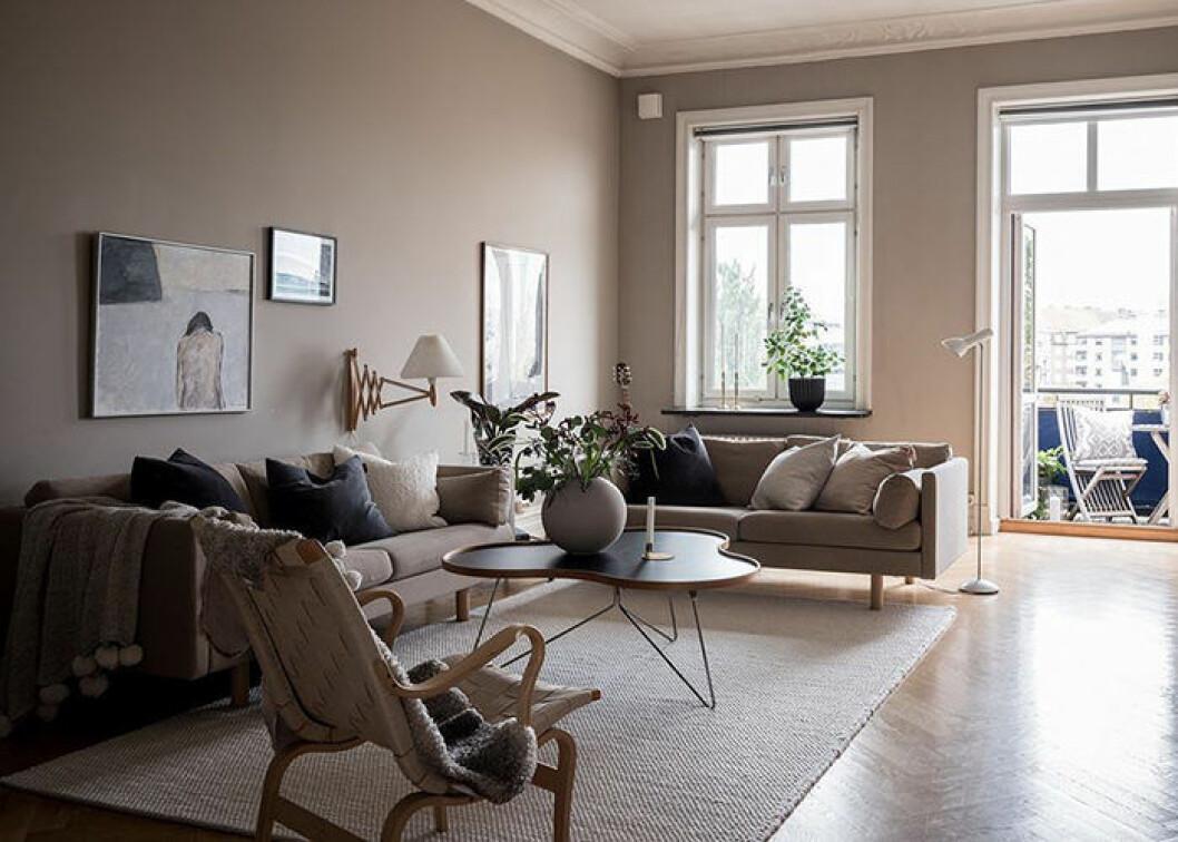 Placera mattan rätt i vardagsrummet